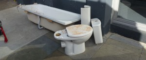 bathroom_disposal_028_opt